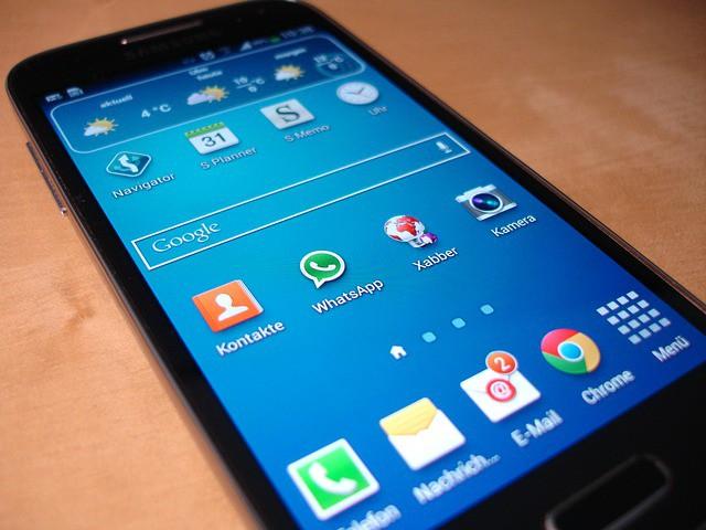 smartphone aplicaciones whatsapp