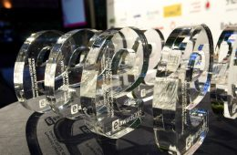 nominados a los eawards 2015