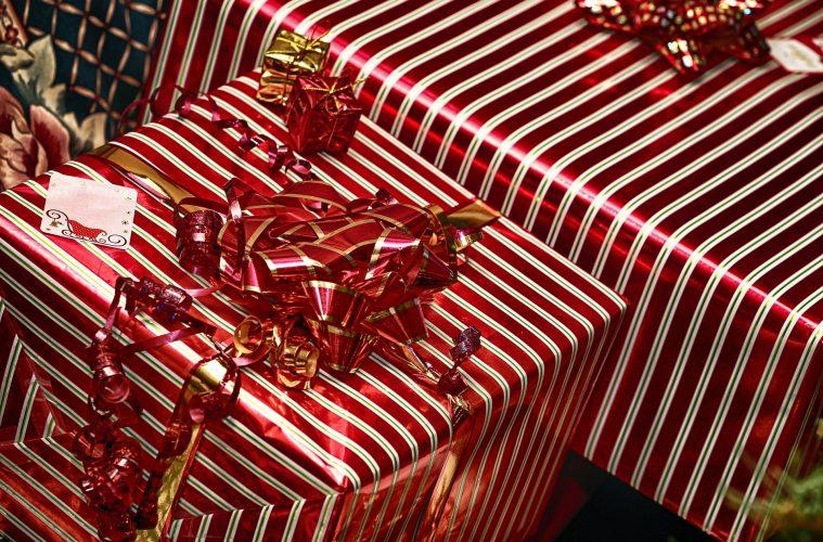 os españoles gastarán 300 € en sus regalos para Navidad 2015, según Privalia