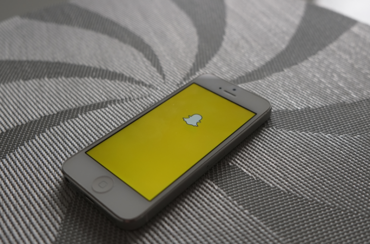 Los vídeos de Snapchat competirán contra Twitter por ganancias publicitarias