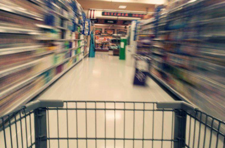 Los supermercados online en España subieron 1,1% sus precios en 2015
