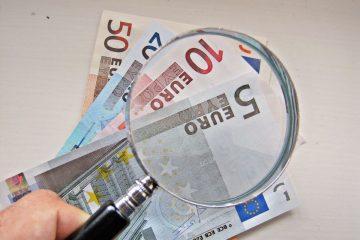 Los españoles gastaron una media de 1.354€ en compras por Internet en 2015