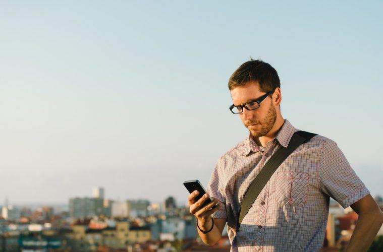 La tasa de penetración de smartphones en España llegó a 80% en 2015