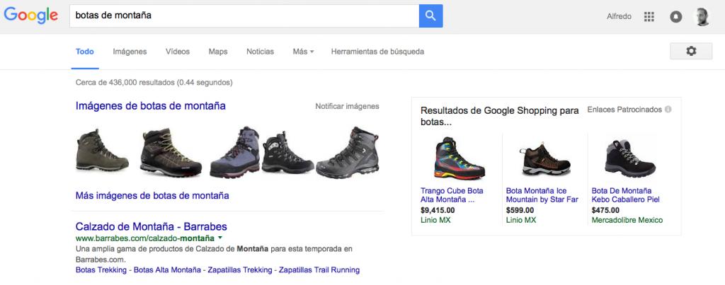 Ejemplo de la nueva visualización en las páginas de resultados de búsqueda de Google tras la eliminación de los anuncios AdWords de la parte derecha de la página.