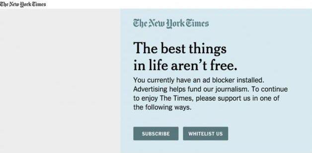 """Mensaje de NYT en donde invita a los usuarios a no usar un ad blocker en el sitio. El encabezado mismo justifica que """"las mejores cosas en la vida no son gratis""""."""
