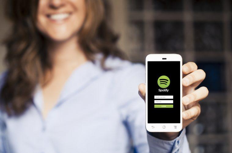 Messenger de Facebook introduce una opción para compartir música de Spotify