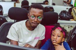 La Chan Zuckerberg Initiative levanta 21M€ para la startup africana Andela. Foto con fines ilustrativos: https://andela.com/blog/developer-spotlight-ladi-adenusi/