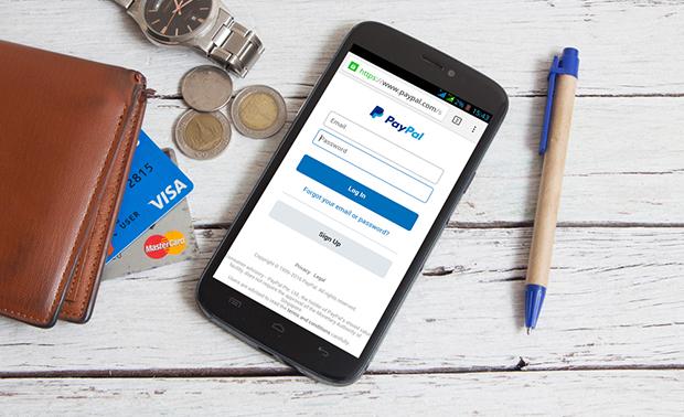 Paypal y Mastercard
