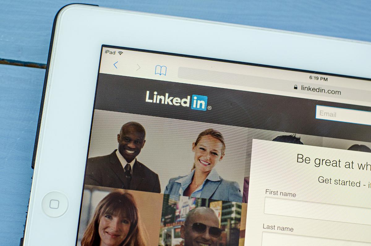 Cómo implementar una estrategia de contenidos en LinkedIn.