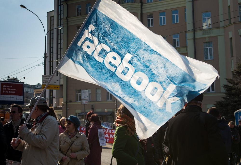 facebook democracia
