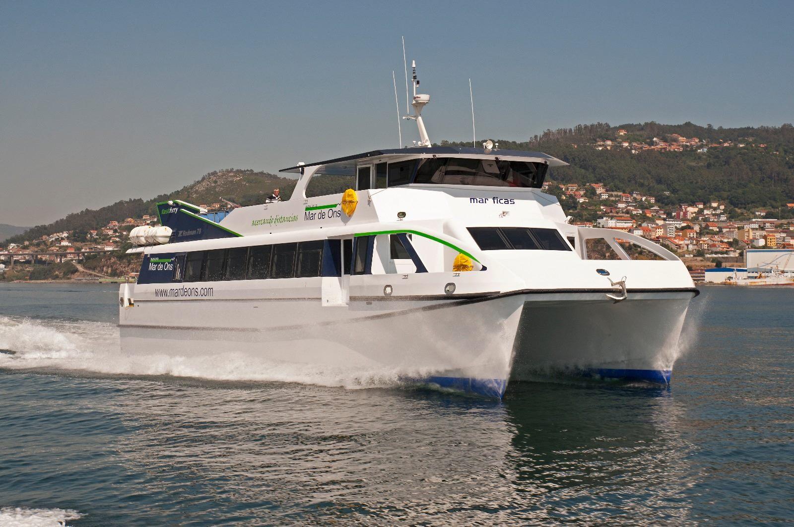 La Naviera Mar de Ons te lleva en barco a las Islas Cíes