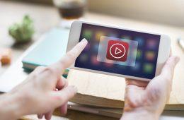 Facebook penalizará los vídeos falsos en su plataforma