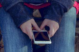 El 41% de los españoles entre 16 y 24 años todavía no quiere pagar con el móvil