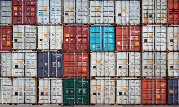 La crisis de contenedores continua y plantea un futuro gris a la temporada de navidad